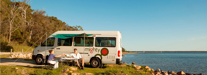 MIghty-Deuce-AU-Australia-Image-Exterior-Couple-Picnic-Awning-Food-Scenic